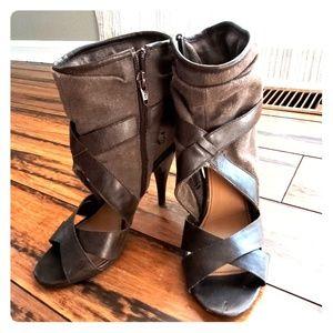 Fergalicious heels size 7.5